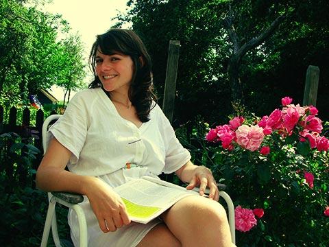 Min darling på terassen ved min mors hus.